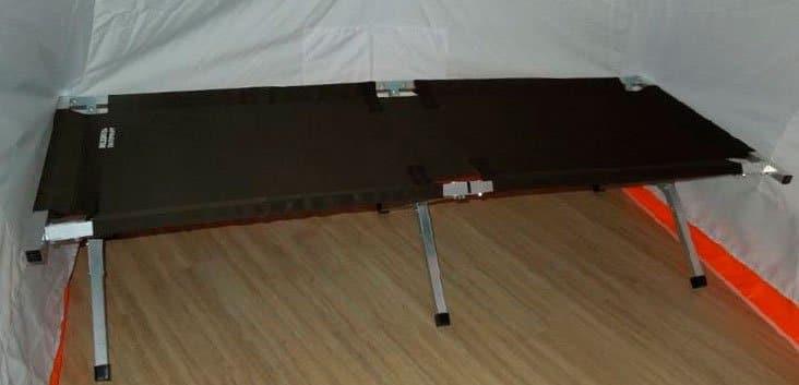 Как выбрать раскладушку в палатку для зимней рыбалки и сделать своими руками