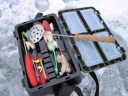 Как выбрать ящик для зимней рыбалки: рейтинг покупных моделей, как сделать своими руками