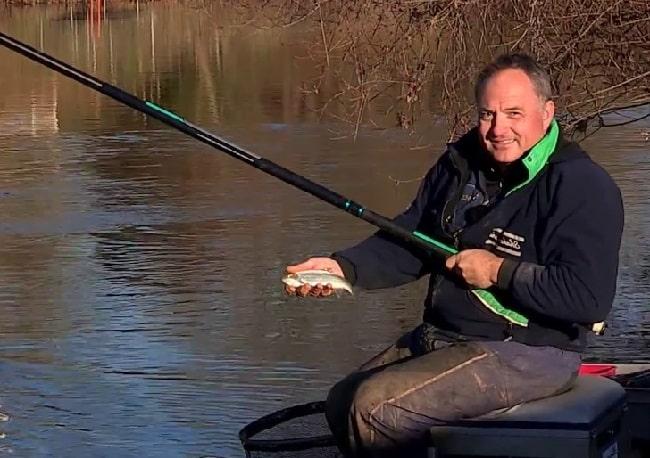 Ловля карася в весеннее время на поплавочную удочку