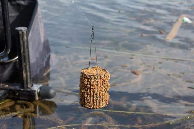 Самодельная РАКЕТА для ПРИКОРМКИ карпа и другой рыбы. Leonid Timo