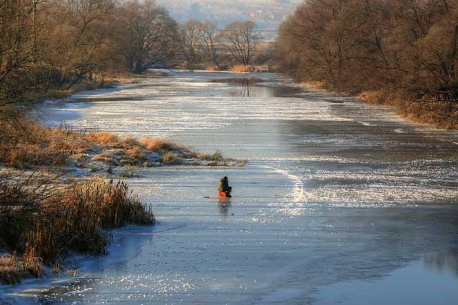 Рыбалка в ноябре: ловля с берега и лодки, календарь клева 2021